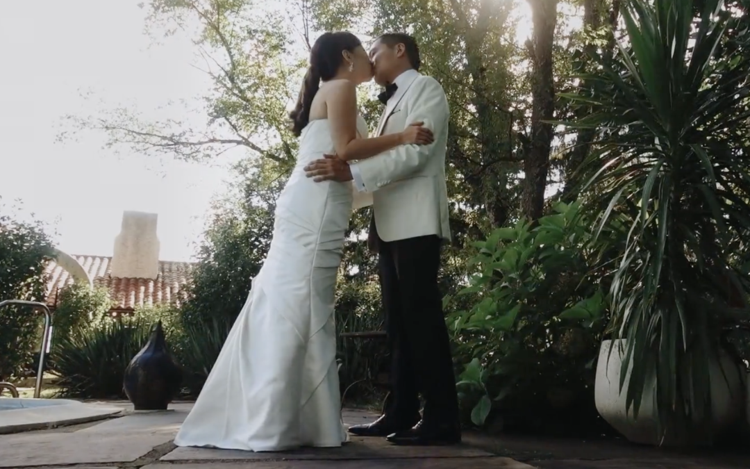 A Wedding Video to Obsess Over!
